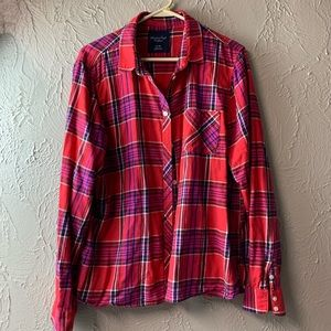 American Eagle Outfitters Plaid Long Sleeve Button
